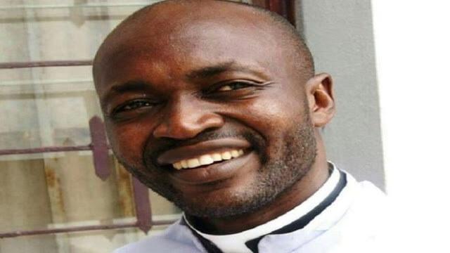 Kameruni papgyilkosság